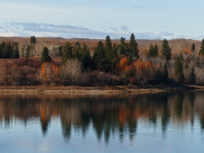 Glenmore Reservoir in fall by Anne Elliott